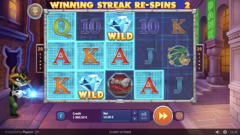 Claws Vs Paws Slot Online